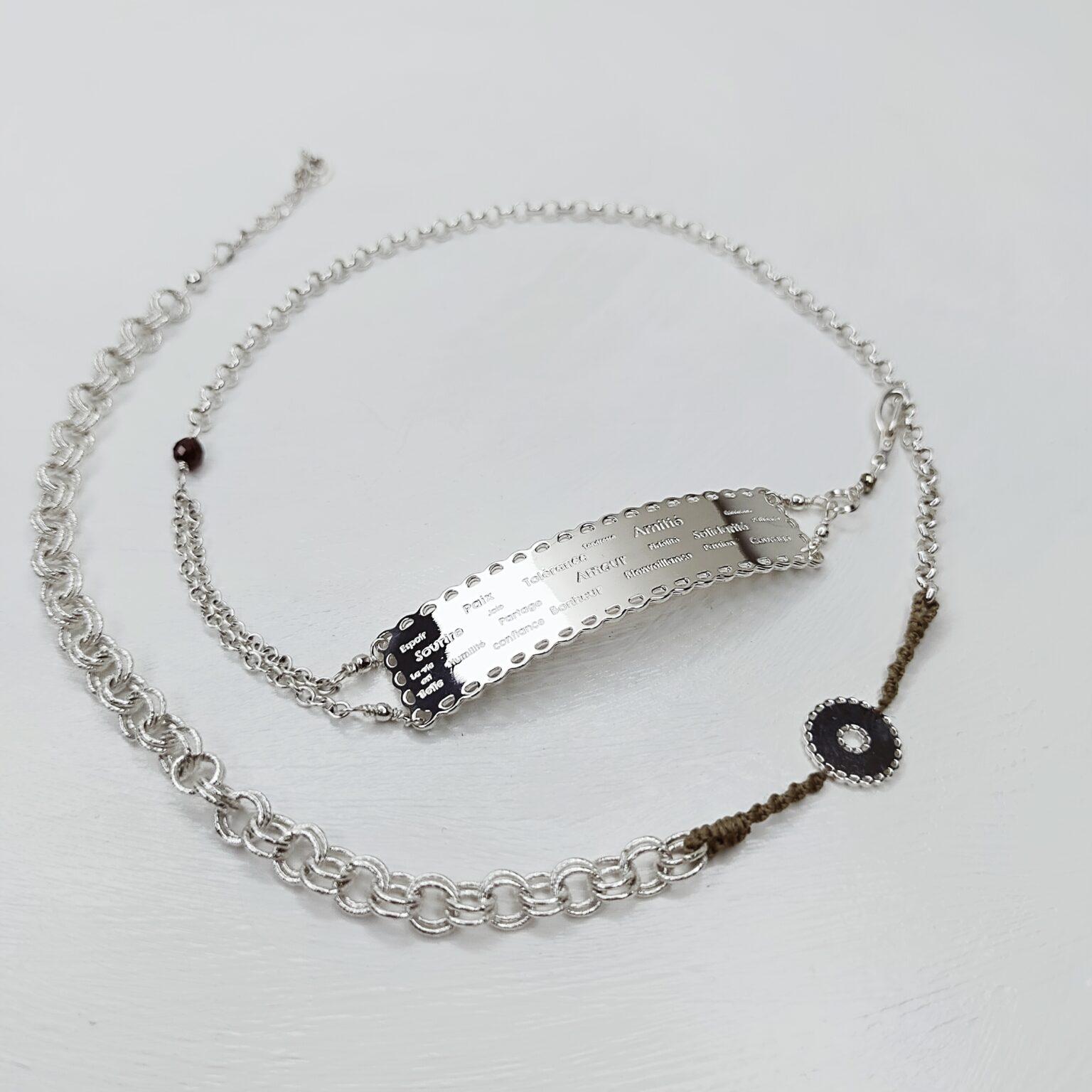 Bracelet / Collier «Dentelle de l'amour» gravé