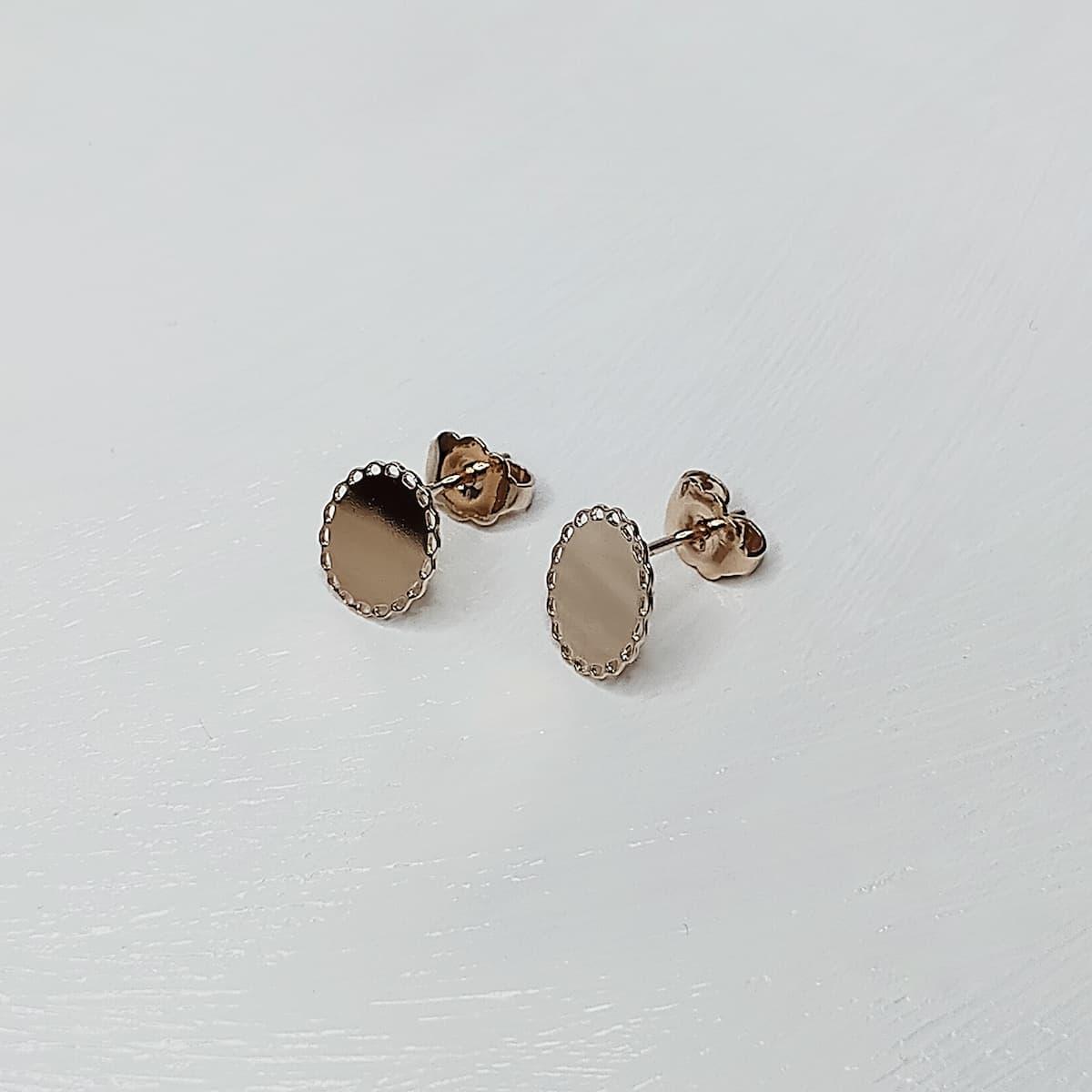 Puces d'oreilles «Dentelle Ovale» plaquée or rose