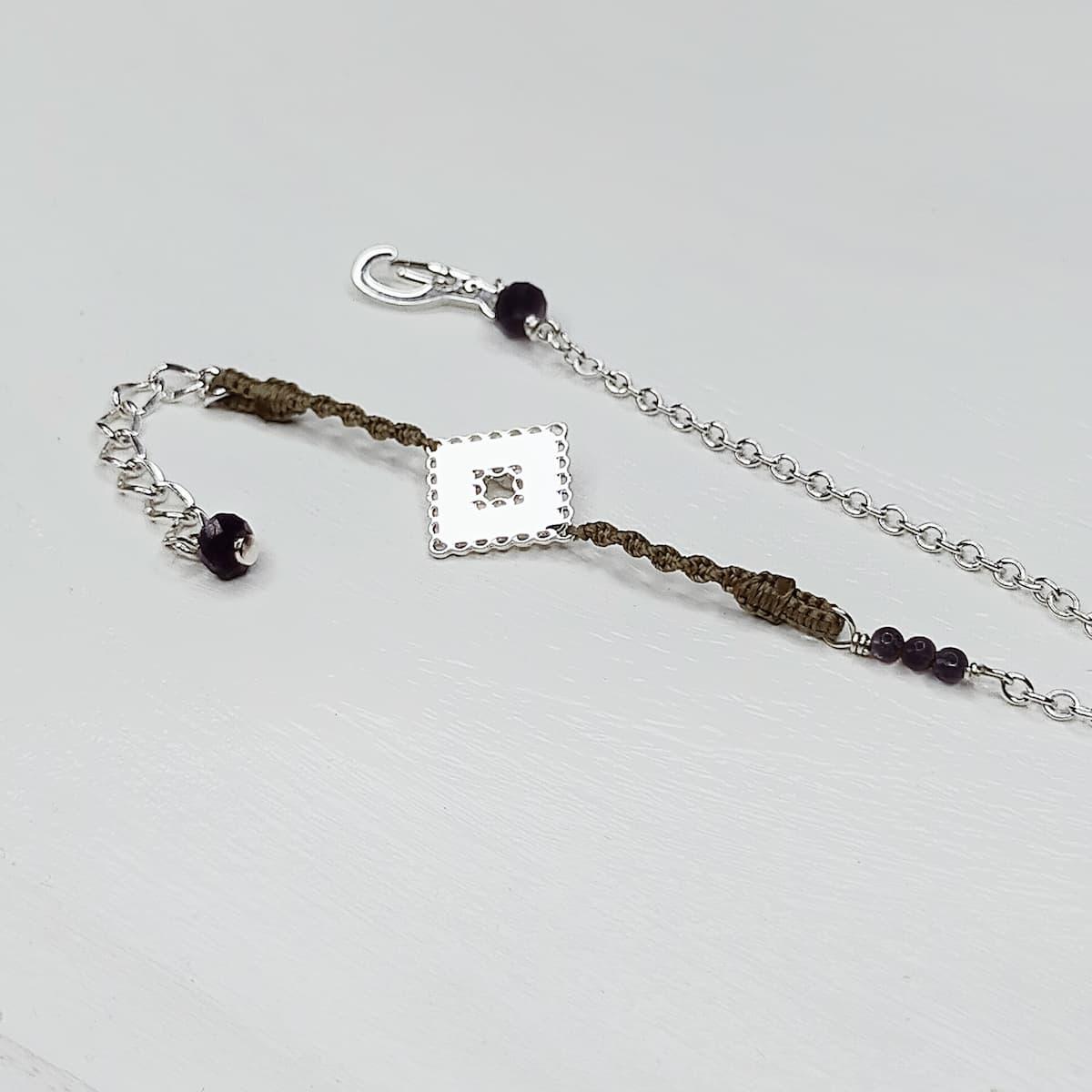 Bracelet «mini-dentelle» carrée